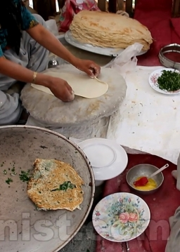 نان محلی کلانه